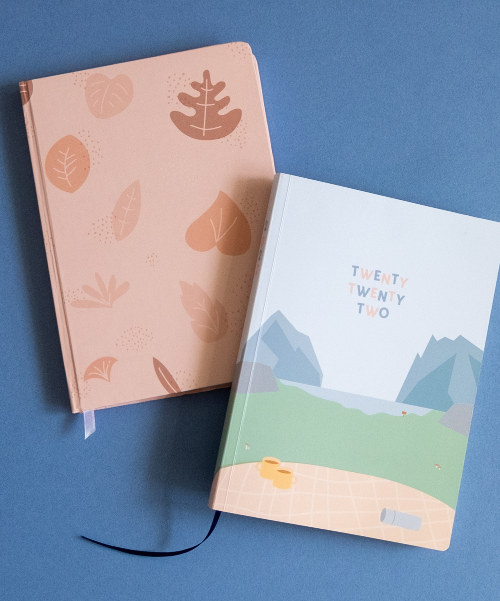 2022 A5 Weekly Helumi Planner and Blush Bullet Journal Notebook