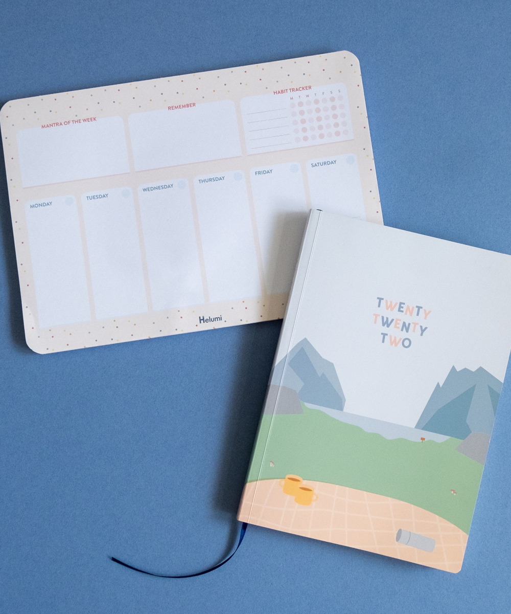 2022 A5 Weekly Helumi Planner and Spring Party Desk Planner